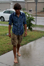 Male College Jock Bare Foot Dude Shaggy Haired Guy Walking Rain PHOTO 4X6 D569