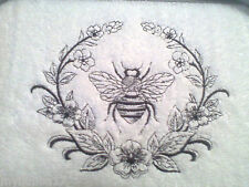 NAPOLEONIC BEE AND LAUREL SET OF 2 BATH HAND TOWELS EMBROIDERED BY LAURA