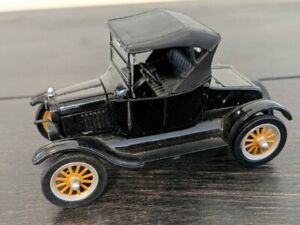 National Motor Museum Mint 1925 Ford Model T Pick Up - 1:32 Scale w certificate