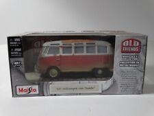 Maisto Volkswagen Van Samba Old Friends Barn Find 1:25 Scale Diecast Model Bus