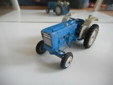 Britains Tractor Ford in Blue on 1:32