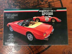 1/24Fujimi -Ferrari 365GTS/4 Daytona Spyder - Sealed Plastic Model Kit