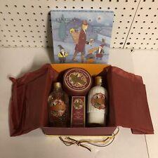 L'Occitane Eau des 4 Reines 0.68 oz Shower Gel Body Milk Scented Candle Gift Set