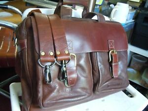 VINTAGE LL.BEAN Leather Messenger Bag Briefcase Lap Top - Saddle Brown