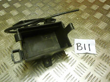 B11 Aprilia Rs4 125 sostenedor de batería Caja (Free UK Post)