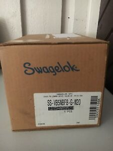 Swagelok SS-VB5NBF8-G-W20 5 Valve Manifold