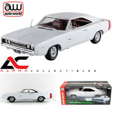 AUTOWORLD AMM1059 1:18 1968 DODGE CHARGER R/T CHRISTMAS ISSUE #2
