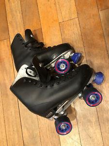 Size 6 (men's sizing, fits size 8 women's)Women's Black Chicago Roller Skates