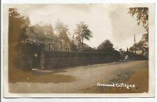 POSTCARDS-SCOTLAND-HOWWOOD-RP. Howwood Cottages.