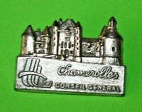 pin's Lapel pins pin Village TOURISME CASTLE CHATEAU DE CHAMEROLLES LOIRET CG