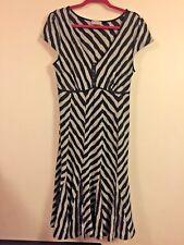 Size UK 14R Per una  grey & black textured jersey flippy hem dress
