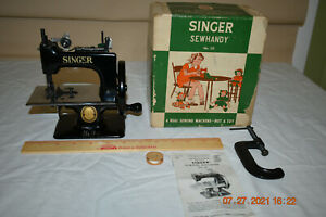 Vintage Singer Sewhandy Childs Sewing Machine Model 20 & Orig. Box Excellent!