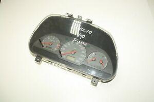 VOLVO V40 SPEEDOMETER INSTRUMENT CLUSTER 30864182/007 30864002/004