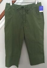Regular Size M Capris, Cropped Pants for Women 22 Inseam