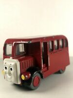 THOMAS TRAIN Take Along N Play Die Cast BERTIE THE BUS Car 2002  #D-7