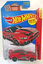 Hot Wheels Custom '15 Ford Mustang - HW RACE - 150/250 - 1:64