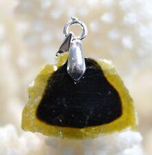 SUBLIME PENDENTIF QUARTZ TOURMALINÉ Cristal de roche contenant de la tourmaline