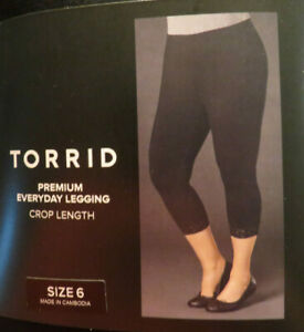 Torrid Premium black lace trimmed cropped leggings Plus size 6X(30)