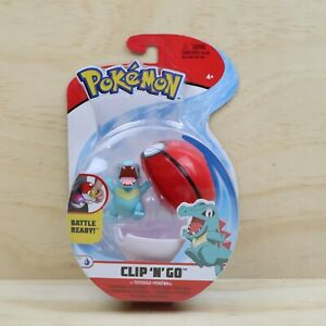 2020 Pokemon Clip N Go Totodile Figure With Pokeball - New + Sealed