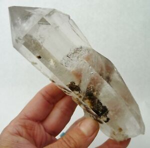 Natural Quartz Crystal Point Brazil 332 grams