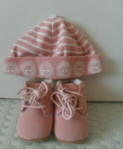 INFANTS TIMBERLAND BEANIE HAT AND BOOTS SET