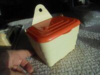 Ancienne Boite à Allumettes Sel de Cuisine Style Années 70 Plast Orange Formica