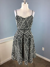 Banana Republic S 4 P Black White Embroidered Flare Dress Cocktail Party EUC