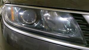 2010-2011 Saab 9-5 Passenger Right Halogen Headlight Assembly (No Grille)
