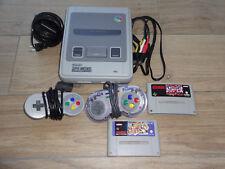 Super Nintendo SNES Konsole mit 2 Pads + 2 mal street Fighter 2