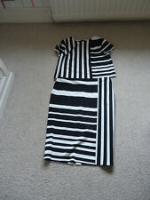 M&S COLLECTION BLACK/WHITE STRIPE 2 PIECE OUTFIT - 16/14