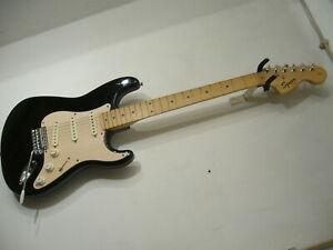 Squier by Fender Stratocaster Affinity Serie, schwarz