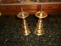 2 Virginia Metalcrafters Colonial Williamsburg Brass Pricket Spike Candlesticks