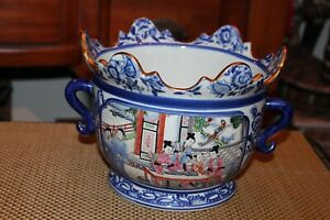 Chinese Porcelain Pottery Planter Bowl With Handles Signed Men Women Gold Trim