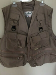 L.L. Bean XL fishing vest