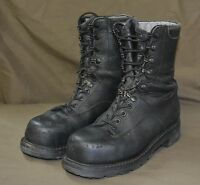 Used Canadian military combat boots size 6 ( 240/94 ) Steel Toe  ( Z14 )