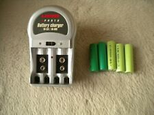 Uniross NI-CD & NI-MH battery charger, plus five 'AA ' batteries good condition.