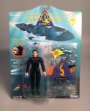 1993 SEAQUEST DSV Lieut. Commander HITCHCOCK Action Figure MOC Playmates