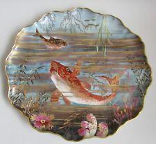 Limoges. Pouyat. Superbe plat en porcelaine décor polychrome de poissons, XIXe