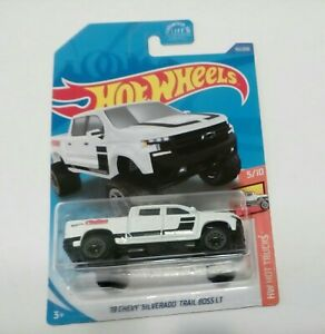 2020 Hotwheel (151/250)'19 CHEVY SILVERADO TRAIL BOSS LT HW Trucks new card  T2