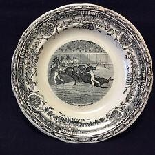 Corrida toréador tauromachie assiette Gien terre de fer taureau traîné XIX e
