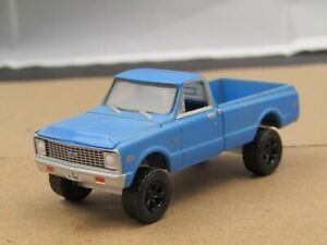 dcp/greenlight Custom lifted weathered blue Chevy 1971 C20 4x4 11/64