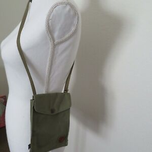 Fjallraven Pocket Shoulder/Cross-body Bag - Women's - Green - NWT