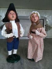 2 Vtg Vintage Byers Choice Dolls Man & Woman Colonial Williamsburg Carolers Xmas