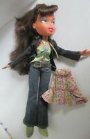 BRATZ DOLL DARK BROWN HAIR GREEN TOP JEANS JACKET GREEN BOOTS & SKIRT