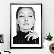 Wall print art - Gigi hadid model poster face portrait black white fashion