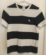ABERCROMBIE BOYS BLUE/WHITE V NECK STRIPED  T SHIRT SIZE L