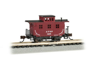 Bachmann-Old-Time Wood Bobber Caboose - Ready to Run -- Santa Fe 425 (Boxcar Red
