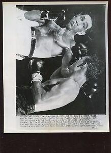 Original Jan 28 1953 Willie Pep vs Dave Mitchell 8 X 10 Boxing Wire Photo
