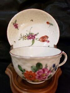 Antique 18thC Ludwigsburg Floral Scene teacup & Saucer Porcelain Porzellan Tasse