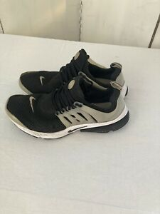Nike Air Presto Men's Trainers UK 10 Used Black and White